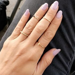 """Jewelry - Letter """"E"""" gold ring"""